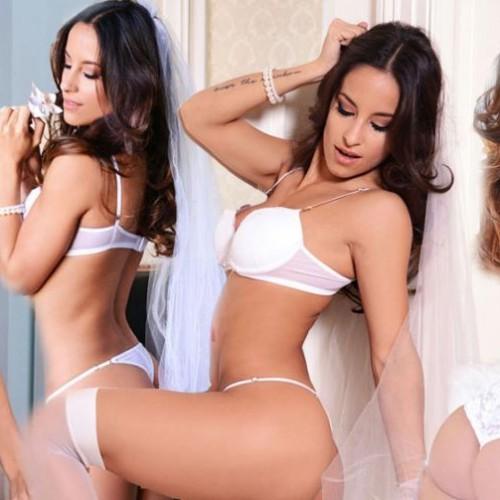 Lourdes Sanchez sexy