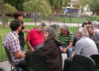 ASAMBLEA DOCENTES UNRC EN PLAZA ROCA