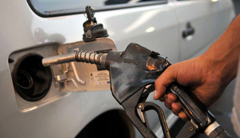 En Neuquén ya se pagan más caras las naftas