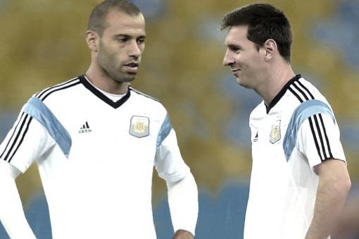 """""""Messi nos puede sacar campeones del mundo"""", dijo Mascherano"""