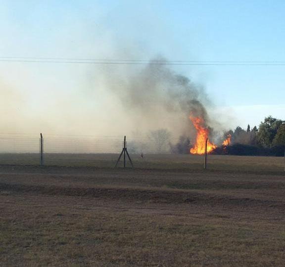 Un incendio afectó la planta de Radio Río Cuarto y el tránsito sobre ...