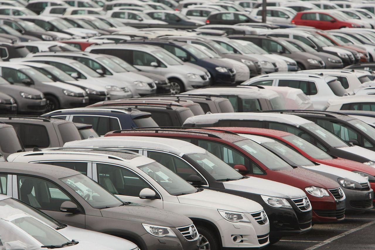 Venta De Autos >> La Crisis Golpea En La Venta De Autos Usados Y Nuevos Se Desploman