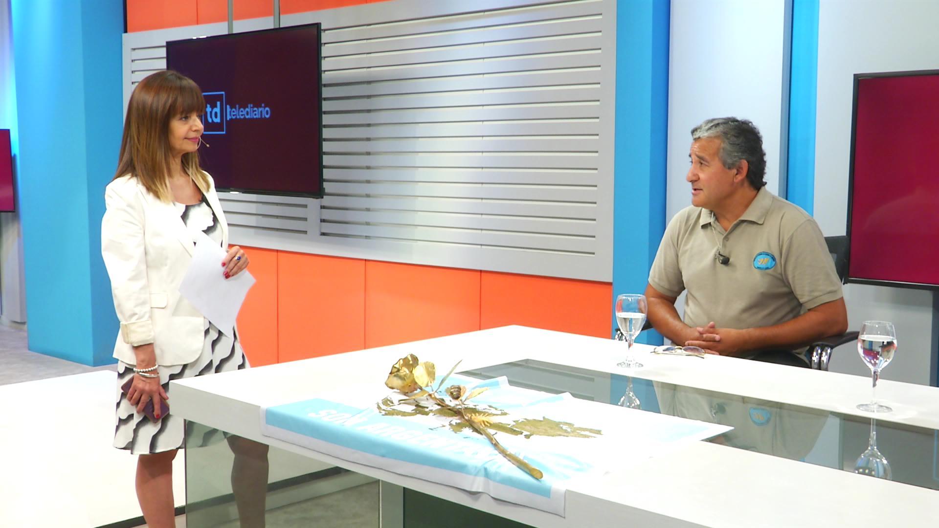 Dos rosas por la paz en Sampacho, un homenaje a los ex combatientes de Malvinas - Telediario Digital